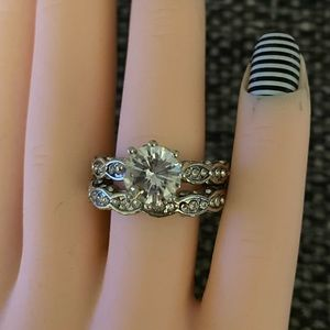 Women's engagement wedding 2PC ring and band set